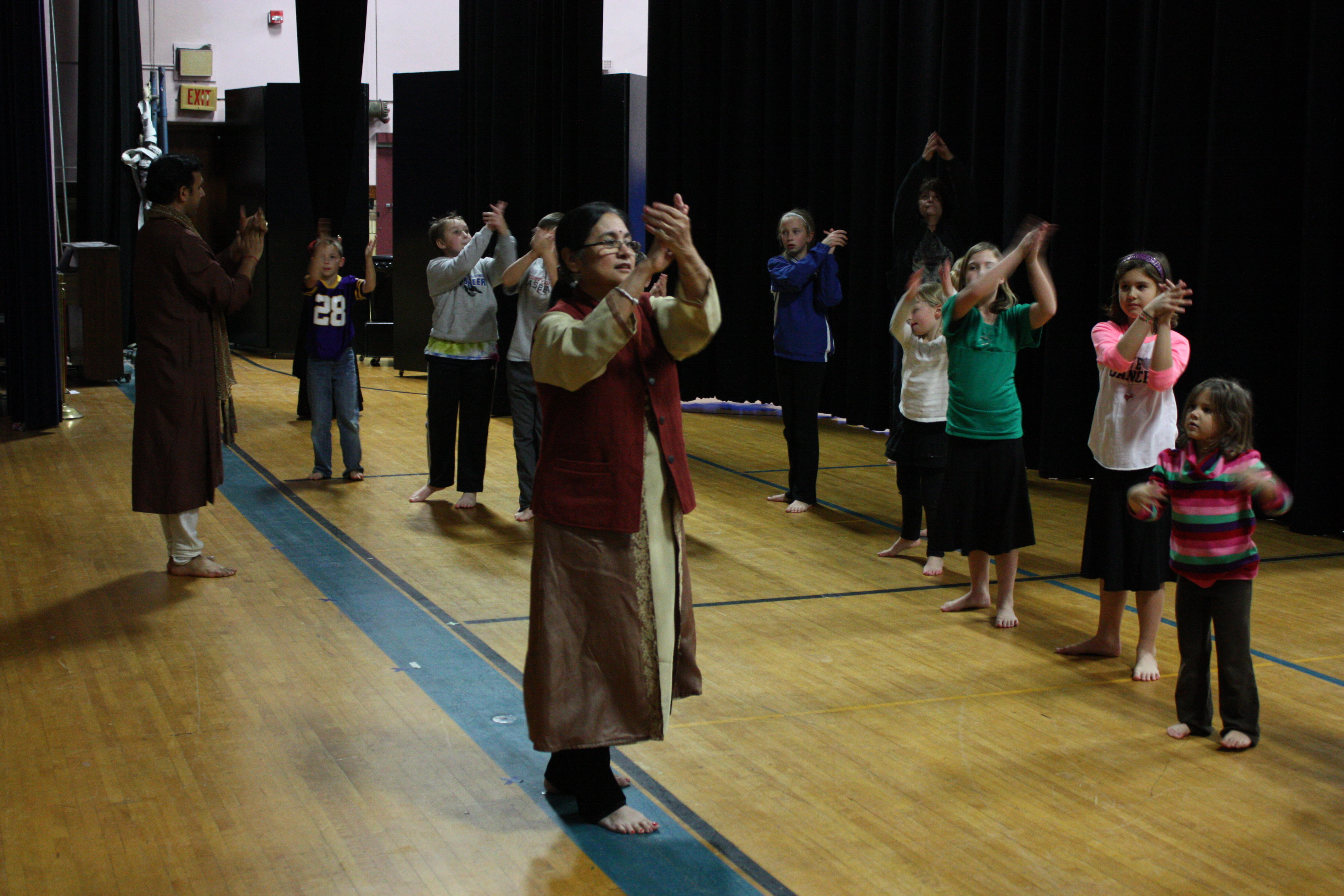 Rita Mustaphi and Anurag Sharma lead community outreach workshop