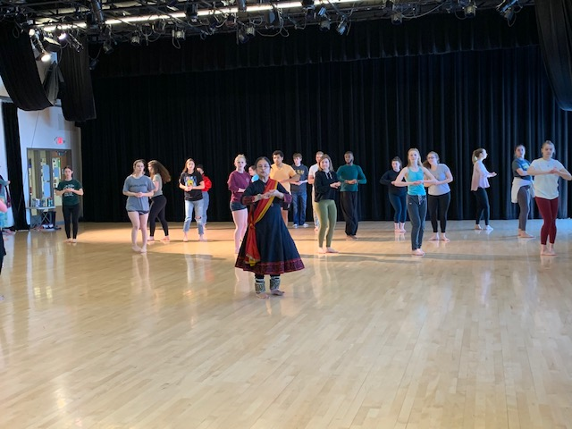 Rita Mustaphi leads Kathak intro class at St. Olaf College